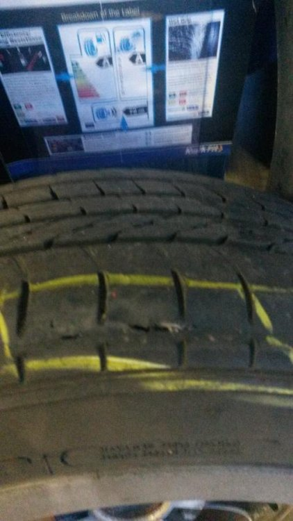 car tyre.jpg